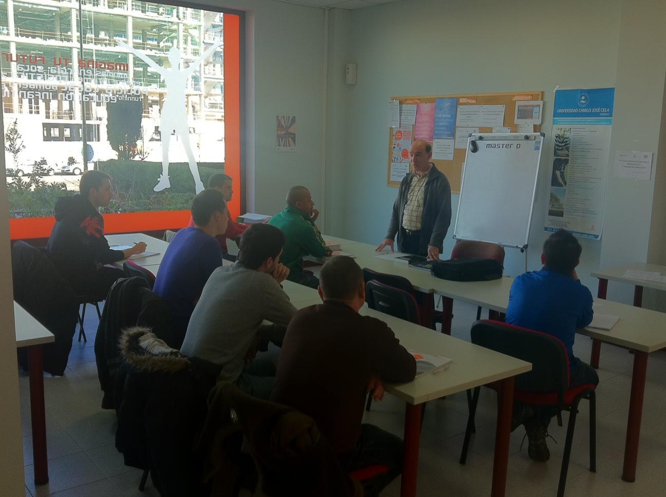 Taller Profesor de Autoescuela Zaragoza